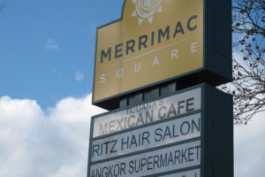 Merrimac-Sq-sign